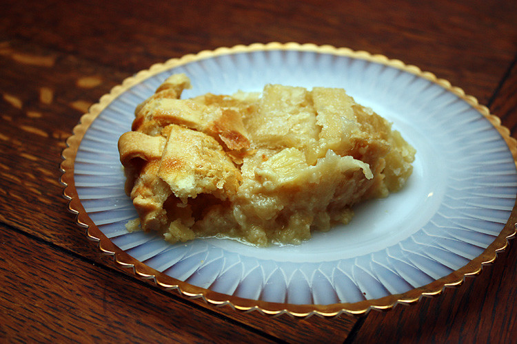 southern-peach-buttermilk-pie