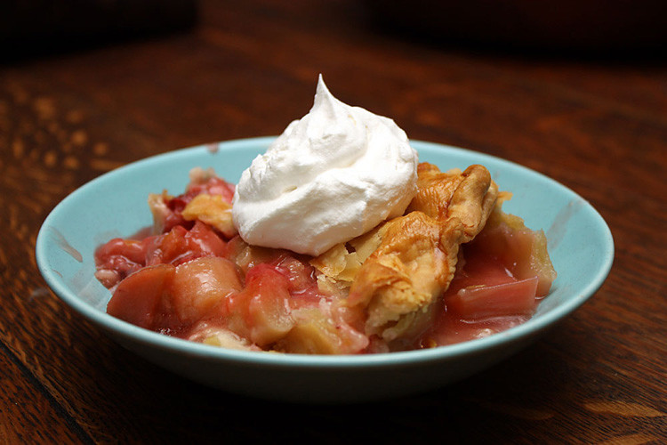 strawberry-rubarb-pie