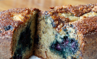 banana-blueberry-bread